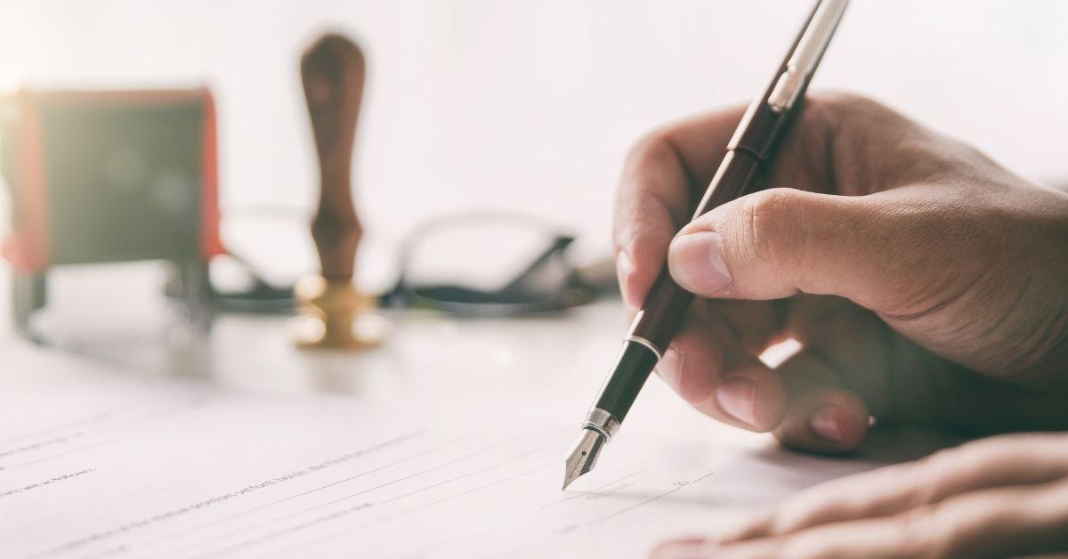 Ruolo e responsabilità del notaio nella compravendita immobiliare